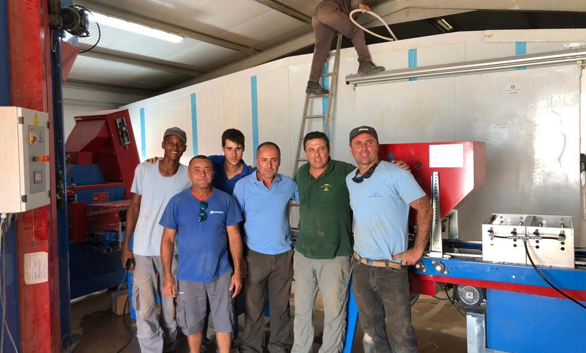 Agroservicios RM instala línea de siembra en Argelia
